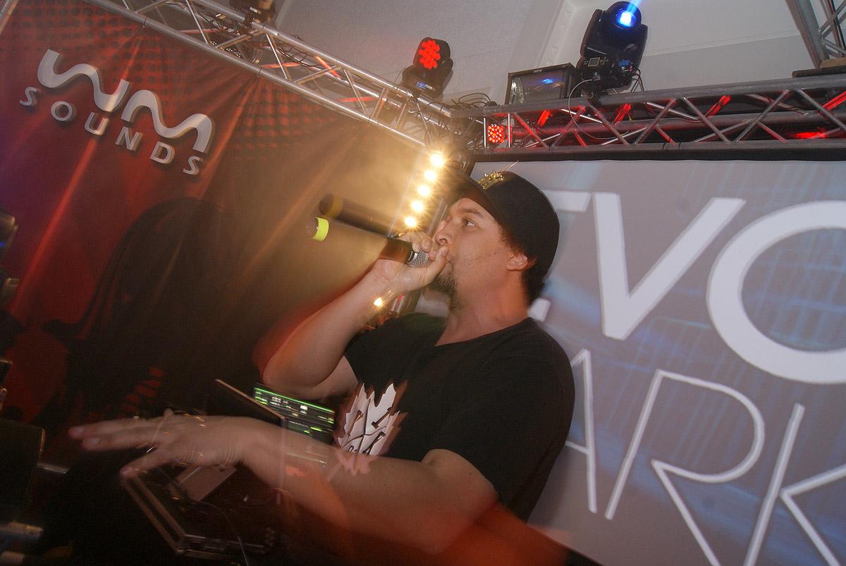 Beatboxer Ivory Parker