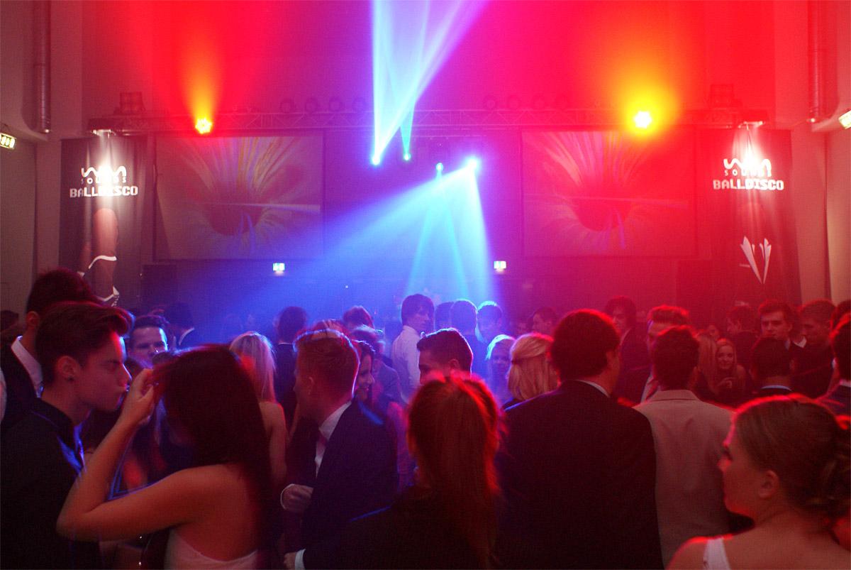 Lichtshow | BALLDISCO Stadthalle Graz